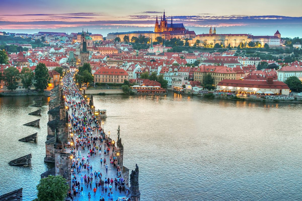 11_Charles Bridge, Prague